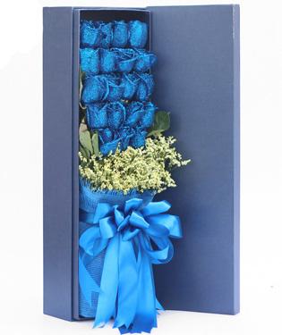 情有独钟-19枝蓝玫瑰礼盒