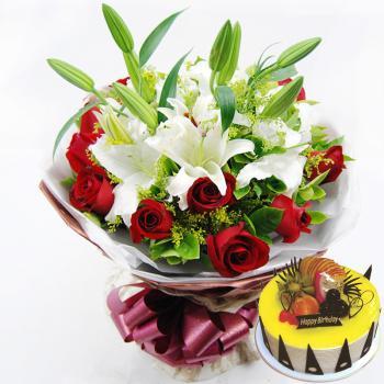 红玫瑰百合鲜花蛋糕组合