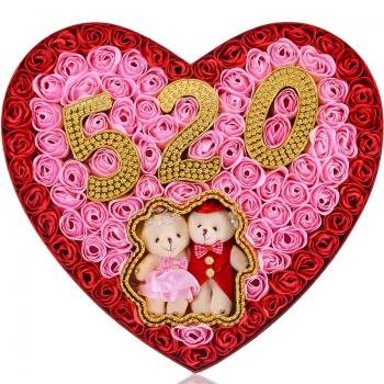 92朵新版520香皂花心形礼盒+2只小熊:520的心