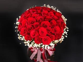满满的爱-33枝红玫瑰花束