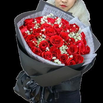 33朵红玫瑰-浓情
