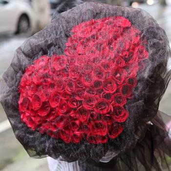狂热之心-99朵红玫瑰花束