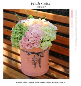 抱抱桶鲜花-玫瑰花康乃馨向日葵混搭花束