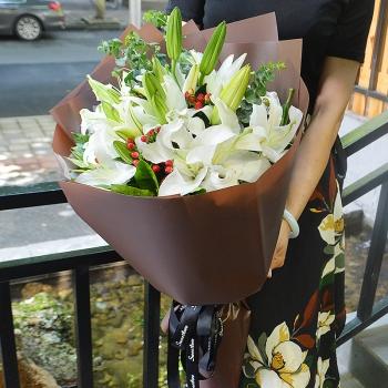 爱的相思-19朵百合花