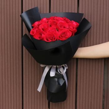 爱是唯一-19朵红玫瑰花束