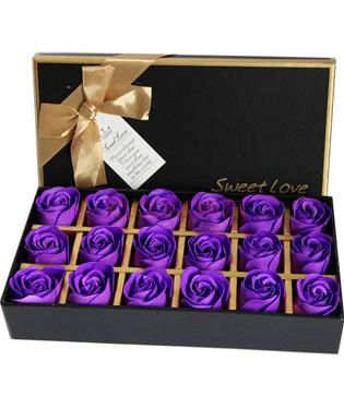 18长方形礼盒:18朵紫色香皂玫瑰花